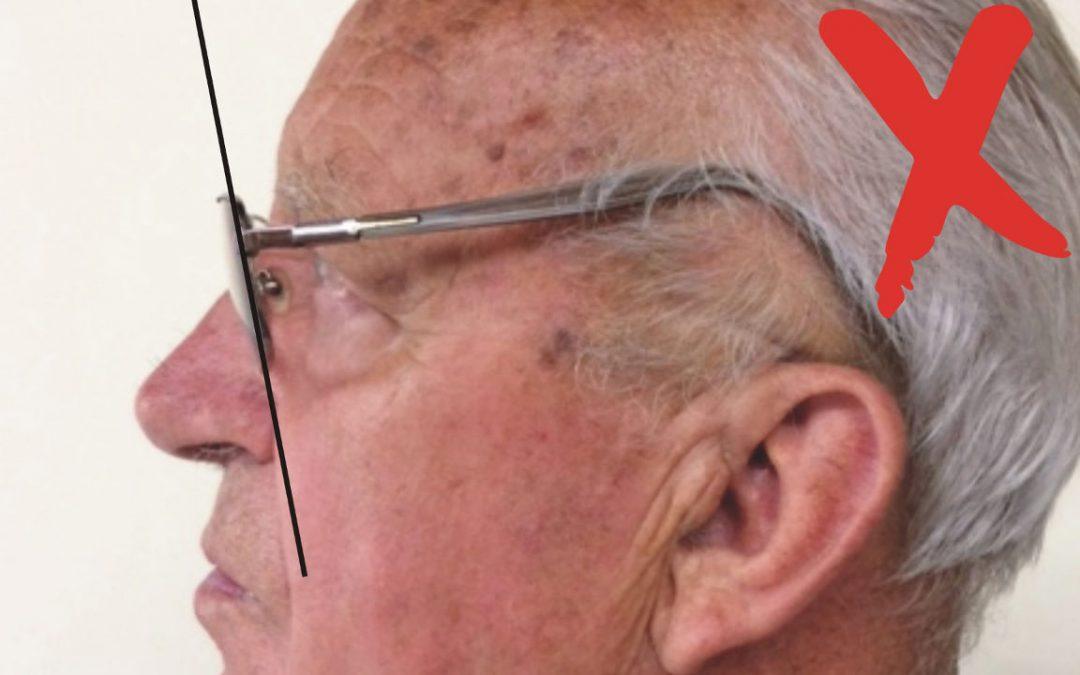 A bácsi, aki túl fent hordta az orrát, – vagy a fülét lent?